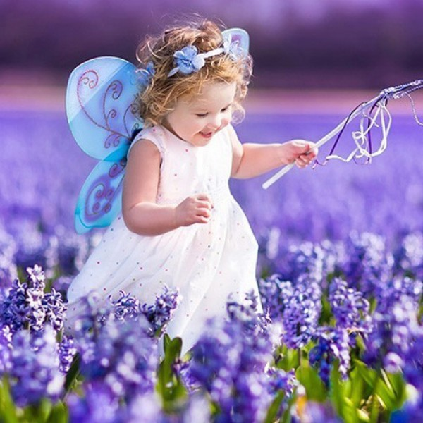 Make your little ones the beautiful with our children's customes